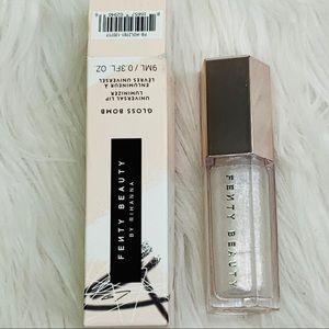 Fenty Beauty Rihanna Gloss Bomb Lip Diamond Milk